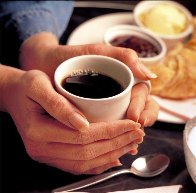 больные суставы можно пить кофе
